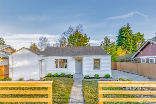 8232 21st Ave NE, Seattle, WA 98115 (#1400923) :: The Kendra Todd Group at Keller Williams