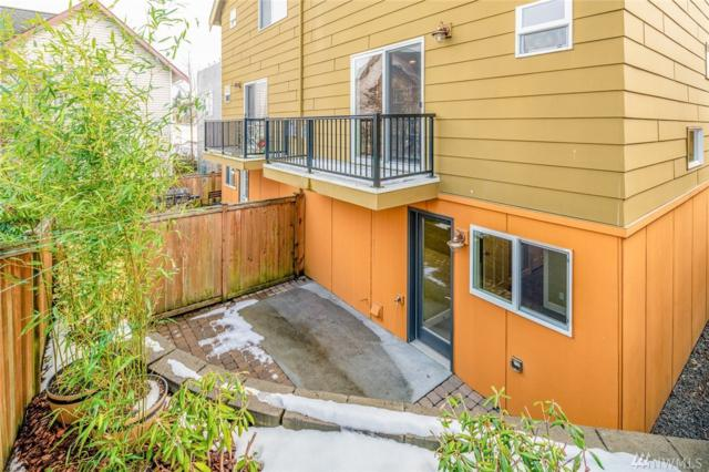 2118 W Ruffner St, Seattle, WA 98199 (#1406893) :: Ben Kinney Real Estate Team