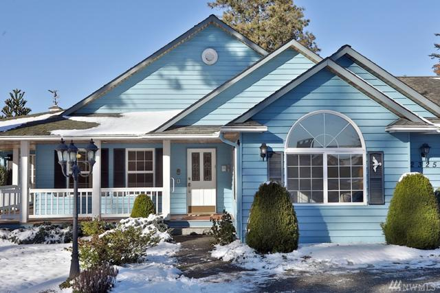 2325 Soundview Dr, Langley, WA 98260 (#1408071) :: Homes on the Sound