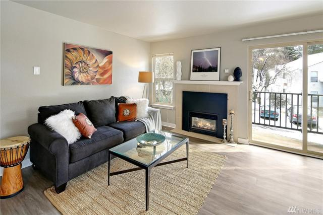 9805 Avondale Rd NE U-256, Redmond, WA 98052 (#1409696) :: Chris Cross Real Estate Group