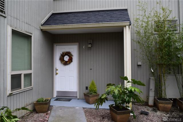 8408 25th Ave SW C, Seattle, WA 98106 (#1411110) :: Homes on the Sound