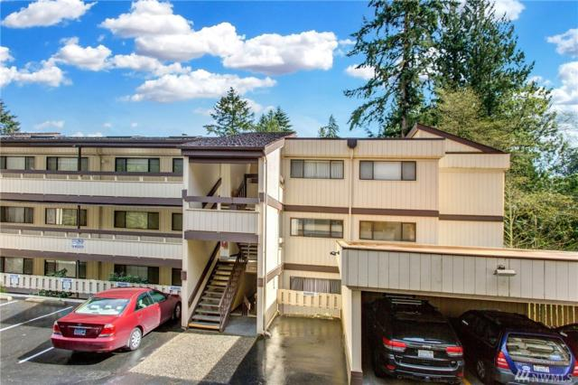 13741 15th Ave NE C-10, Seattle, WA 98125 (#1414354) :: Ben Kinney Real Estate Team