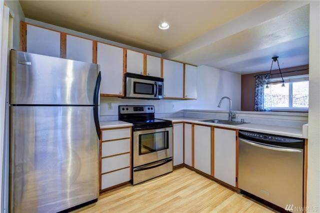 6700 NE 182nd St C108, Kenmore, WA 98028 (#1428951) :: McAuley Homes