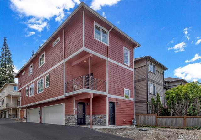 7109 Rainier Dr D, Everett, WA 98203 (#1442436) :: Record Real Estate