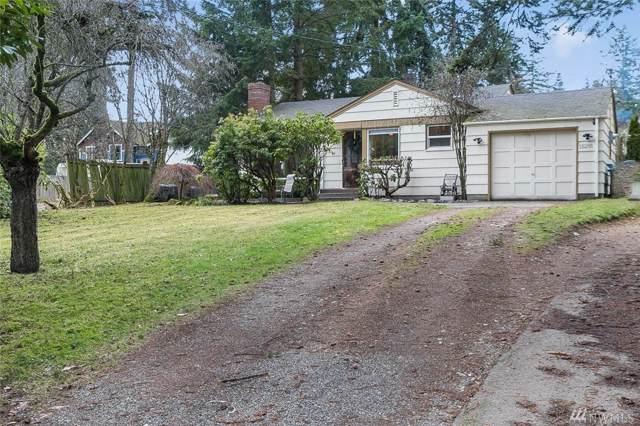 15255 Dayton Ave N, Shoreline, WA 98133 (#1444156) :: KW North Seattle