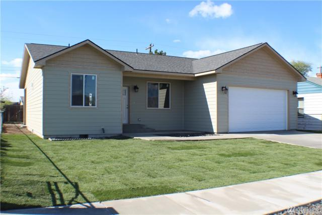 2218 W Spruce St, Moses Lake, WA 98837 (#1448605) :: Hauer Home Team