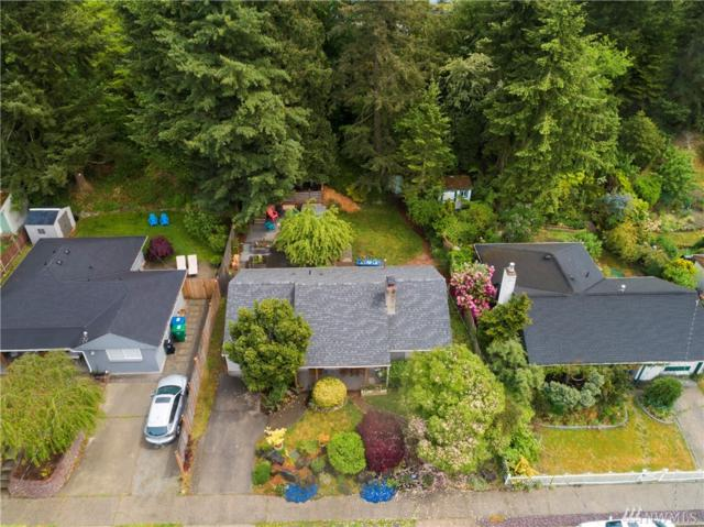 9242 23rd Ave SW, Seattle, WA 98106 (#1456765) :: Record Real Estate