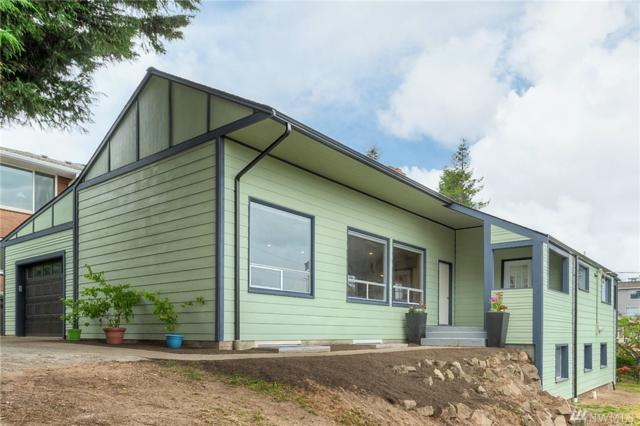 3205 25th Ave W, Seattle, WA 98199 (#1458877) :: Alchemy Real Estate
