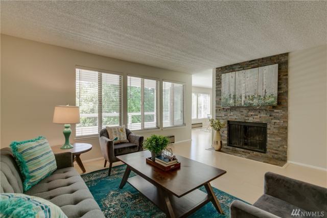 23401 Lakeview Dr J201, Mountlake Terrace, WA 98043 (#1462618) :: Platinum Real Estate Partners