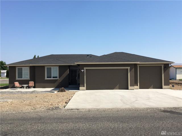 408-SW Davidson, Mattawa, WA 99349 (#1465156) :: NW Homeseekers