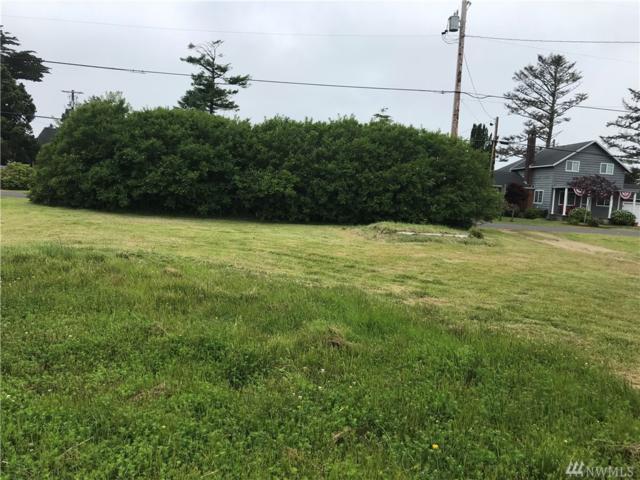 1204 51st  Lot 2 (Middle Lot) Lane, Seaview, WA 98644 (#1475638) :: Keller Williams Realty