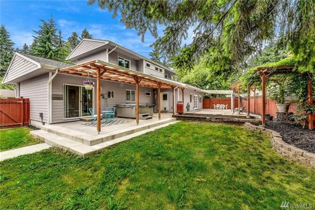 8706 NE 135th Place, Kirkland, WA 98034 (#1477623) :: McAuley Homes