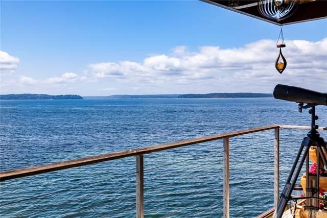 3717 Beach Dr SW #212, Seattle, WA 98116 (#1480129) :: McAuley Homes