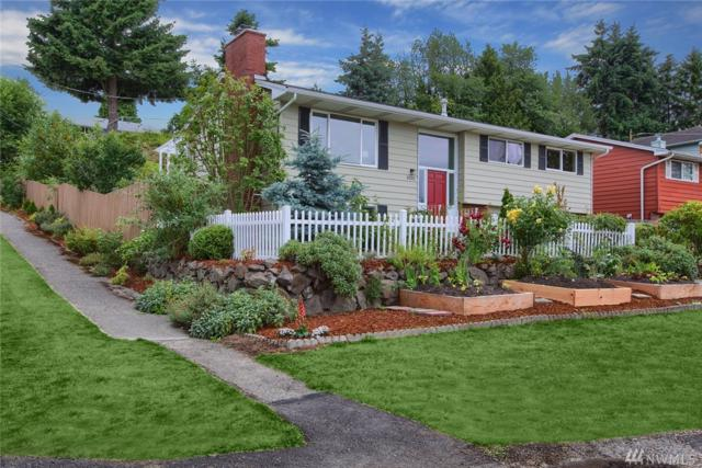 9202 10th Ave SW, Seattle, WA 98106 (#1483731) :: Platinum Real Estate Partners
