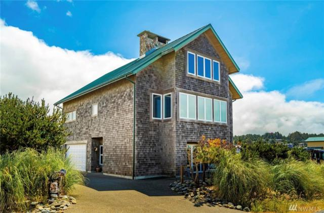 21 S 1st St, Pacific Beach, WA 98571 (#1484010) :: Ben Kinney Real Estate Team