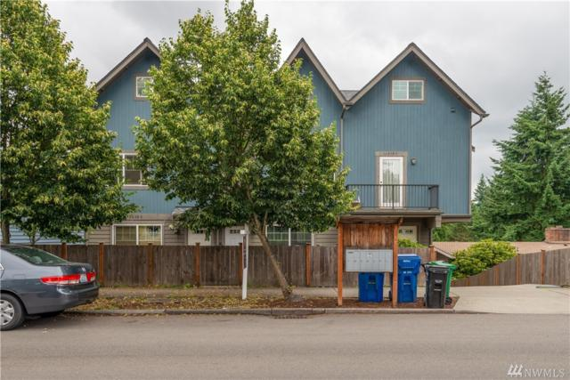 12038 Roosevelt Wy NE B, Seattle, WA 98125 (#1485093) :: Ben Kinney Real Estate Team