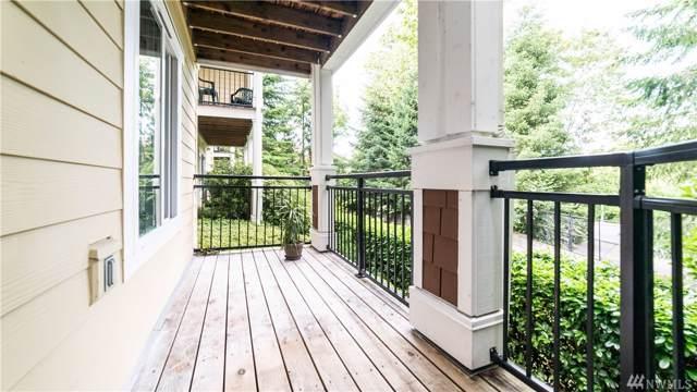 5501 Lakemont Blvd SE #102, Bellevue, WA 98006 (#1485303) :: McAuley Homes