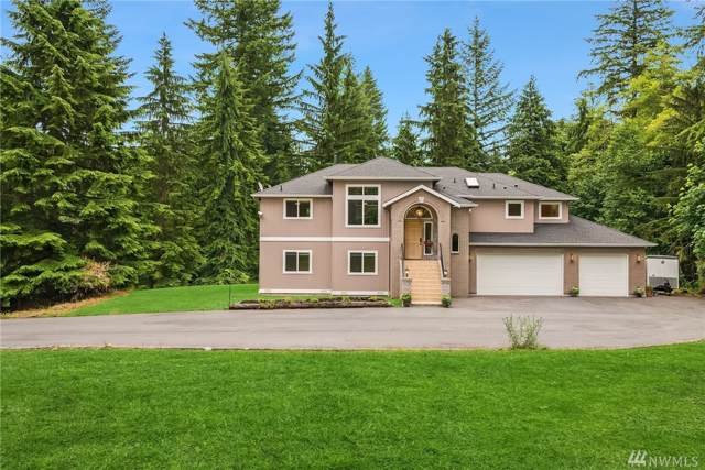 11609 W Lake Joy Dr NE, Carnation, WA 98014 (#1486437) :: McAuley Homes