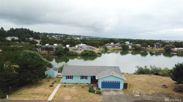 706 343rd Place, Ocean Park, WA 98640 (#1490164) :: Mosaic Home Group