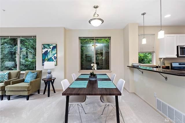 340 Shangrila Wy NW, Issaquah, WA 98027 (#1492175) :: Alchemy Real Estate