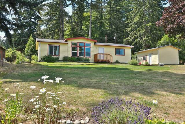 5323 Honeymoon Bay Rd, Freeland, WA 98249 (#1492829) :: Capstone Ventures Inc