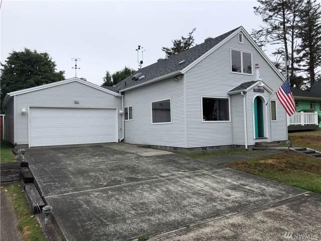 4011 K Place, Seaview, WA 98644 (#1500211) :: Chris Cross Real Estate Group