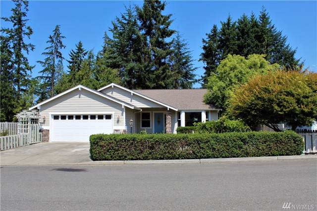 2015 W 8th St, Port Angeles, WA 98363 (#1500584) :: The Kendra Todd Group at Keller Williams