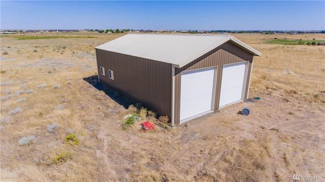 7475 Lake Vista Dr NE, Moses Lake, WA 98837 (#1502820) :: Northern Key Team