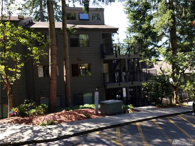 12543 NE 23rd Place D4, Bellevue, WA 98005 (#1504207) :: Record Real Estate