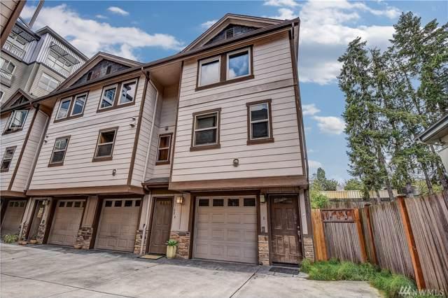 14018 32nd Ave NE B, Seattle, WA 98125 (#1504824) :: Record Real Estate