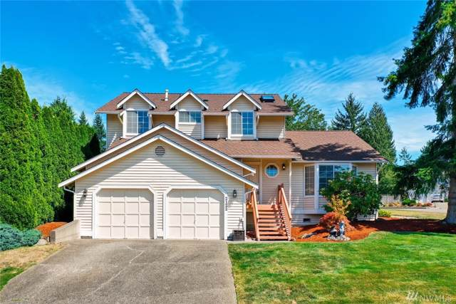2122 Field Ave NE, Renton, WA 98059 (#1505535) :: Ben Kinney Real Estate Team