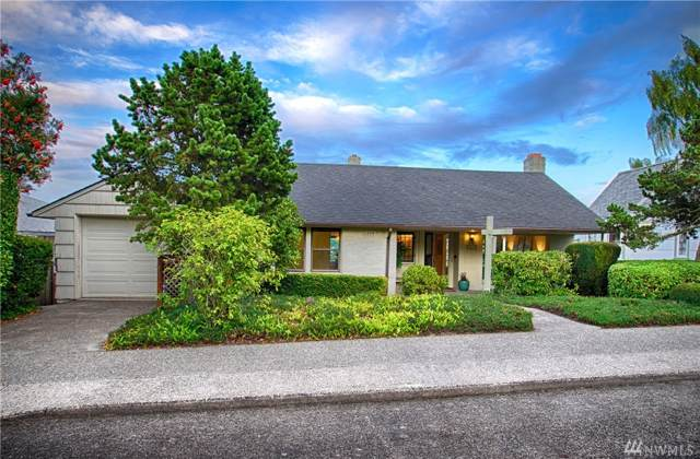 2608 27th Ave W, Seattle, WA 98199 (#1507074) :: Alchemy Real Estate
