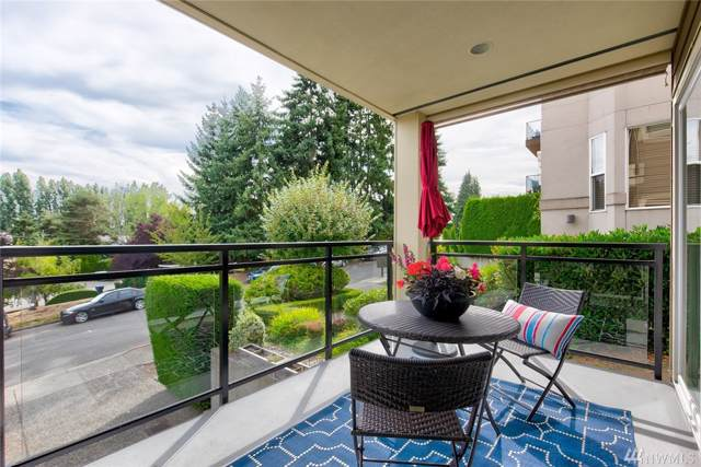 322 5th Ave #102, Kirkland, WA 98033 (#1509121) :: Real Estate Solutions Group