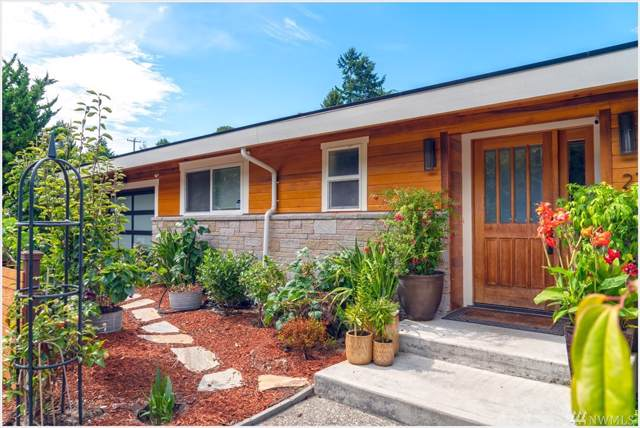 2715 Garlough Ave SW, Seattle, WA 98116 (#1513121) :: Crutcher Dennis - My Puget Sound Homes