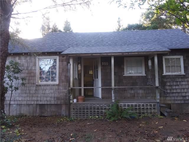 3511 J Lane, Seaview, WA 98644 (#1513147) :: The Kendra Todd Group at Keller Williams