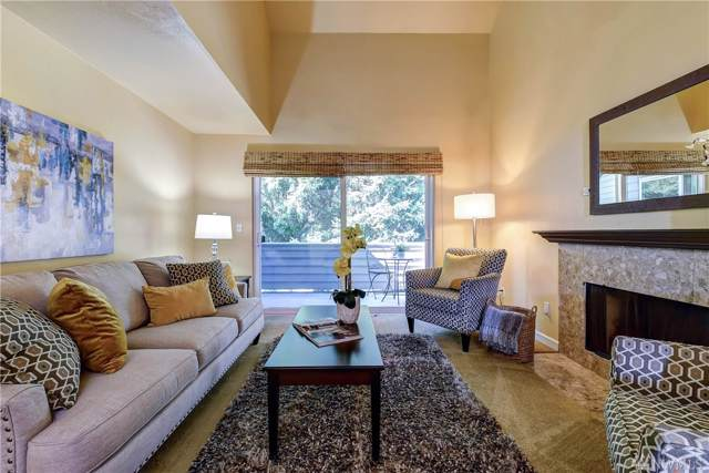 11917 93rd Lane NE #303, Kirkland, WA 98034 (#1515523) :: Chris Cross Real Estate Group