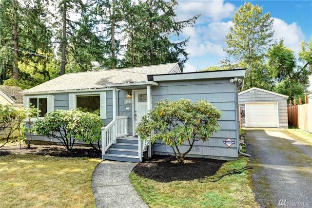 11511 17th Ave NE, Seattle, WA 98125 (#1516995) :: Real Estate Solutions Group