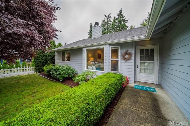 2220 201st Place SW, Lynnwood, WA 98036 (#1517474) :: Ben Kinney Real Estate Team