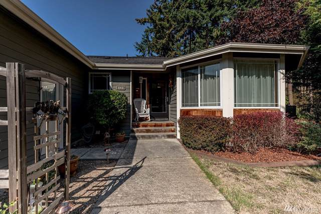 420 NW 3rd Ave, Oak Harbor, WA 98277 (#1520315) :: Ben Kinney Real Estate Team
