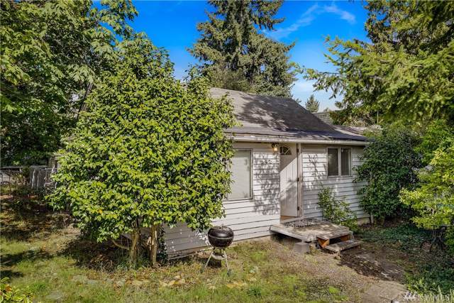 902 N 104th St, Seattle, WA 98133 (#1521654) :: Liv Real Estate Group