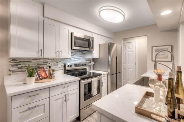 17110 NE 45th St #29, Redmond, WA 98052 (#1521778) :: Real Estate Solutions Group