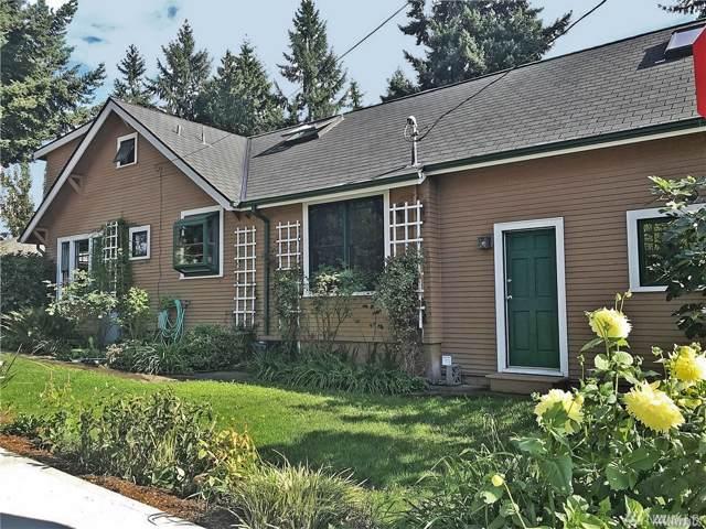 4231 NE 110th St, Seattle, WA 98125 (#1521901) :: Lucas Pinto Real Estate Group