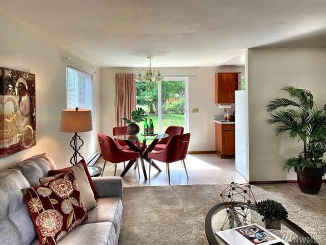 2119 SW Cloverdale St, Seattle, WA 98106 (#1523199) :: Better Properties Lacey