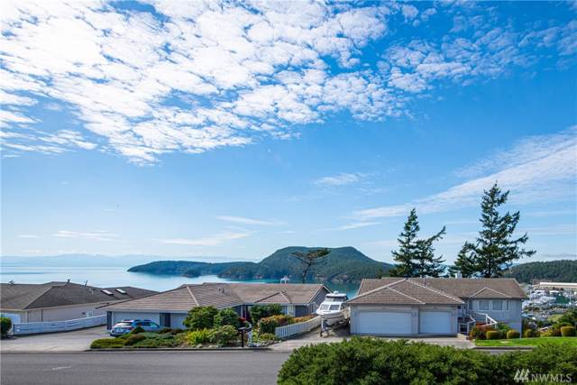 2305 Highland Dr, Anacortes, WA 98221 (#1525670) :: Canterwood Real Estate Team