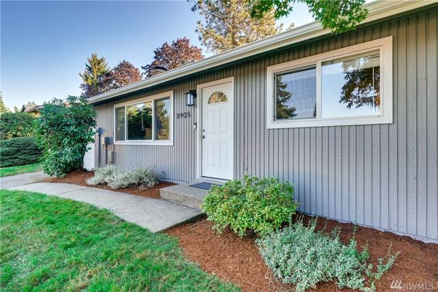 8905-NE 141st St, Kirkland, WA 98034 (#1527097) :: Chris Cross Real Estate Group