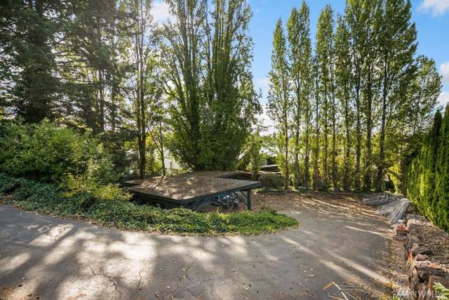 4635 NE Lake Washington Blvd, Kirkland, WA 98033 (#1527790) :: Record Real Estate