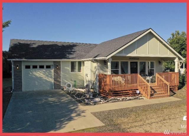 393 S Razor Clam Dr SW, Ocean Shores, WA 98569 (#1528871) :: Ben Kinney Real Estate Team