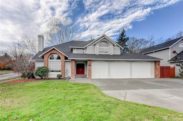 1102 N Locust Lane, Tacoma, WA 98406 (#1530564) :: Ben Kinney Real Estate Team