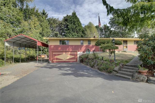 2220 S Castle Wy, Lake Forest Park, WA 98036 (#1532206) :: Ben Kinney Real Estate Team