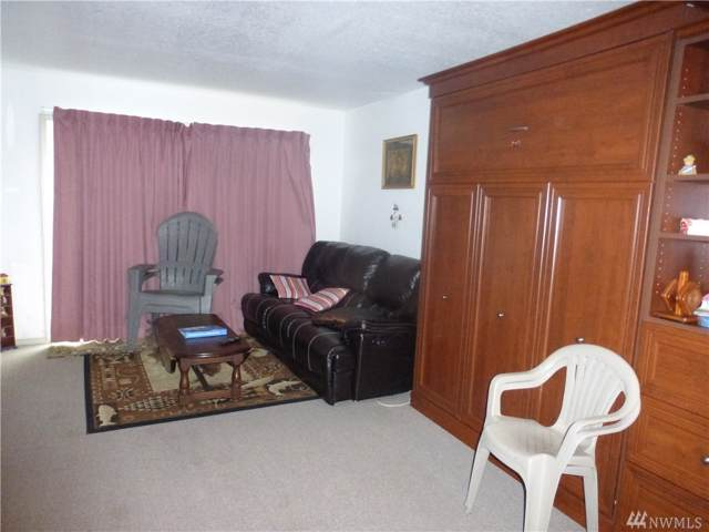 304 14th St NW #315, Long Beach, WA 98631 (#1535270) :: Ben Kinney Real Estate Team